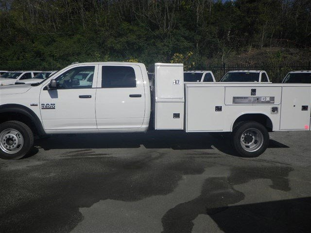 2016 Ram 4500 Crew Cab DRW, Service Body #A910201 - photo 9