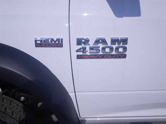 2016 Ram 4500 Crew Cab DRW, Service Body #A910201 - photo 18