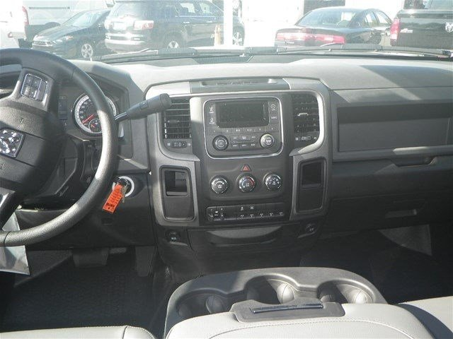 2016 Ram 4500 Crew Cab DRW, Service Body #A910201 - photo 26
