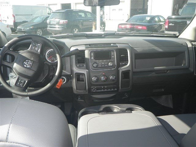 2016 Ram 4500 Crew Cab DRW, Service Body #A910201 - photo 27