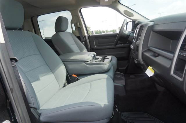 2017 Ram 1500 Crew Cab 4x4, Pickup #AT0870 - photo 20