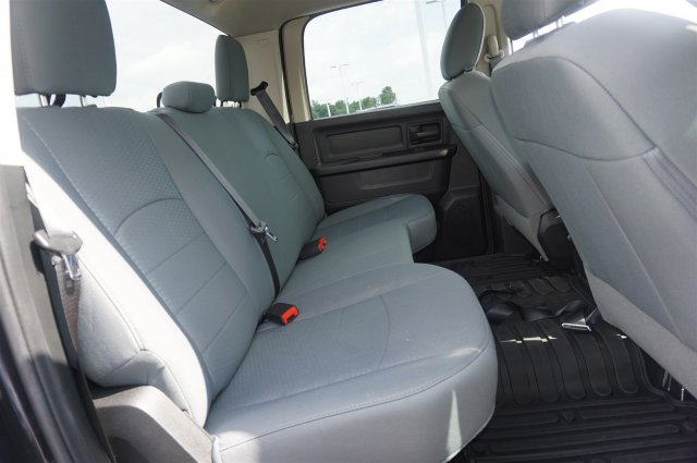 2017 Ram 1500 Crew Cab 4x4, Pickup #AT0870 - photo 21