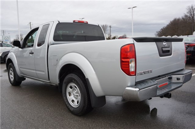 2015 Frontier Pickup #A83496A - photo 2