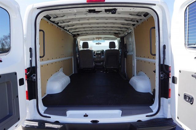 2018 NV1500, Cargo Van #A920105 - photo 2