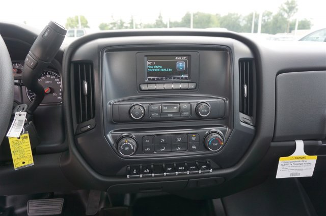 2017 Silverado 3500 Regular Cab DRW 4x4 Cab Chassis #A342240 - photo 14