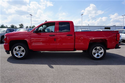 2018 Silverado 1500 Extended Cab 4x4 Pickup #A342845 - photo 3