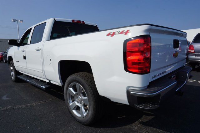 2018 Silverado 1500 Crew Cab 4x4, Pickup #A343079 - photo 2