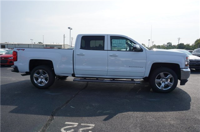 2018 Silverado 1500 Crew Cab 4x4, Pickup #A343079 - photo 6