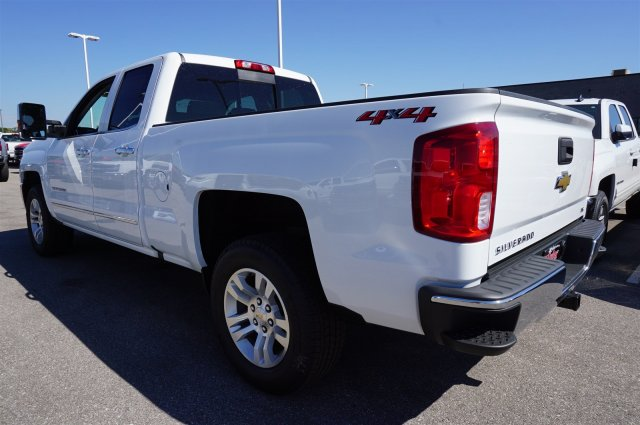 2018 Silverado 1500 Double Cab 4x4, Pickup #A343145 - photo 2