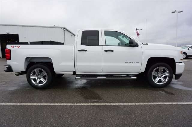 2018 Silverado 1500 Double Cab 4x4, Pickup #A343156 - photo 6