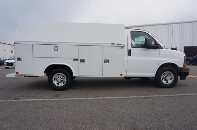 2017 Express 3500, Reading Service Utility Van #A900094 - photo 6