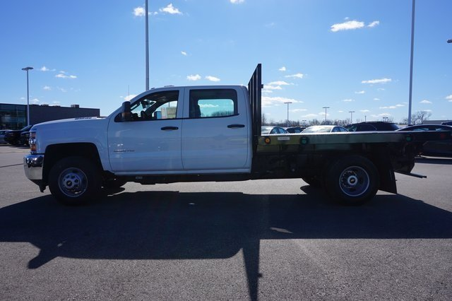 2016 Silverado 3500 Crew Cab 4x4, Reading Platform Body #A900110 - photo 3