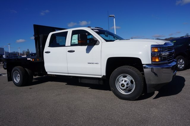 2016 Silverado 3500 Crew Cab 4x4, Reading Platform Body #A900110 - photo 7