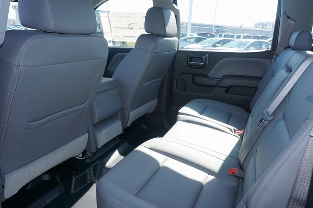 2016 Silverado 3500 Crew Cab 4x4, Reading Platform Body #A900110 - photo 15