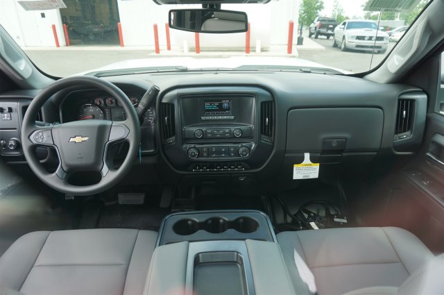 2017 Silverado 3500 Regular Cab 4x4, Service Body #A900147 - photo 11