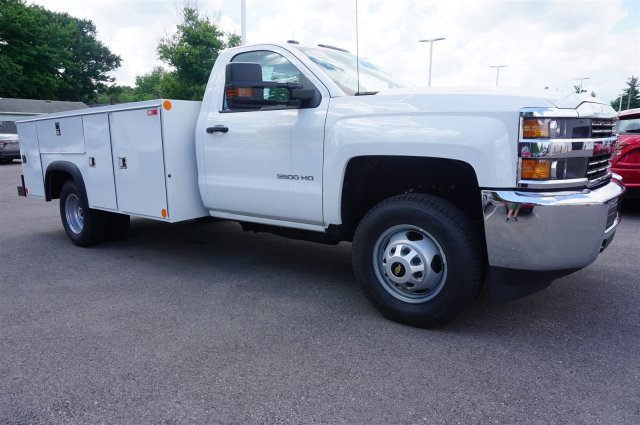 2017 Silverado 3500 Regular Cab 4x4, Service Body #A900147 - photo 7