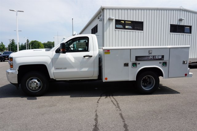 2017 Silverado 3500 Regular Cab 4x4, Reading Service Body #A900161 - photo 3