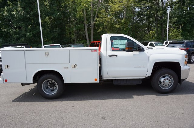 2017 Silverado 3500 Regular Cab 4x4, Reading Service Body #A900161 - photo 6