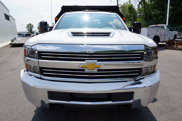 2017 Silverado 3500 Regular Cab 4x4, Dump Body #A900162 - photo 8