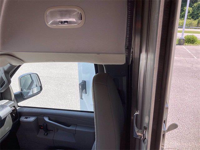 2021 GMC Savana 3500 4x2, Supreme Service Utility Van #2621105 - photo 29