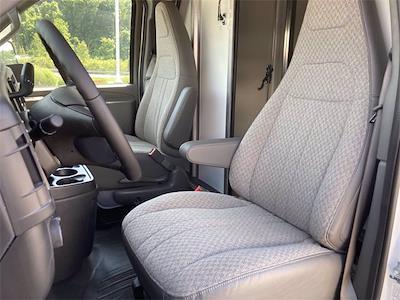 2021 GMC Savana 3500 4x2, Supreme Service Utility Van #2621105 - photo 40