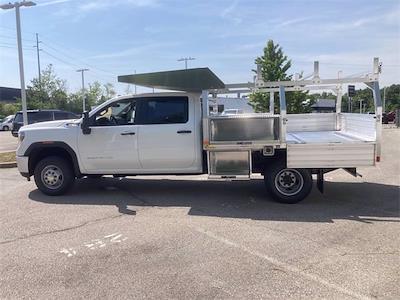 2021 Sierra 3500 Crew Cab 4x4,  Monroe Truck Equipment AL Series Platform Body Contractor Body #2621113 - photo 18