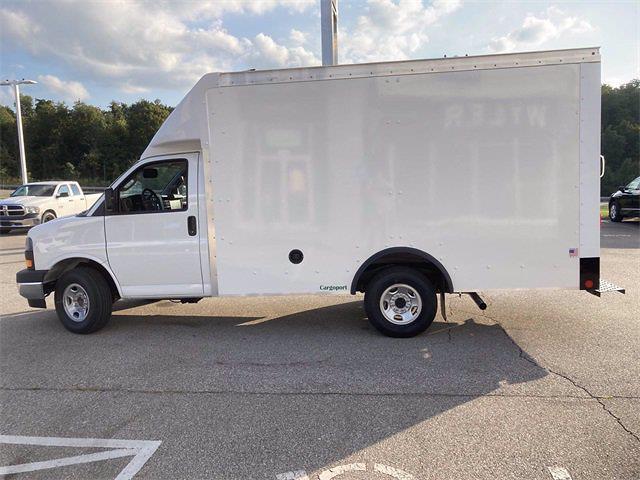 2021 Savana 3500 4x2,  Rockport Cutaway Van #2621141 - photo 3