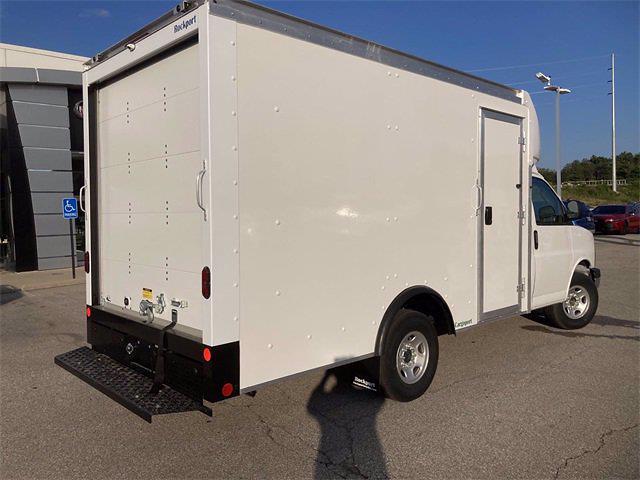 2021 Savana 3500 4x2,  Rockport Cutaway Van #2621141 - photo 2