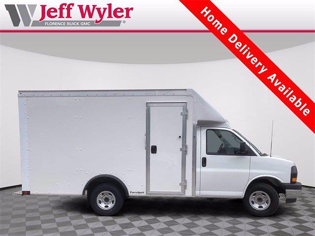 2021 Savana 3500 4x2,  Cutaway Van #2621153 - photo 1