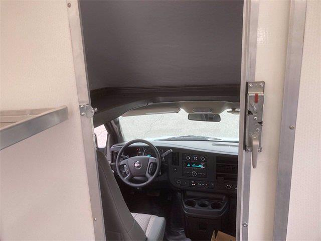 2021 Savana 3500 4x2,  Cutaway Van #2621153 - photo 22