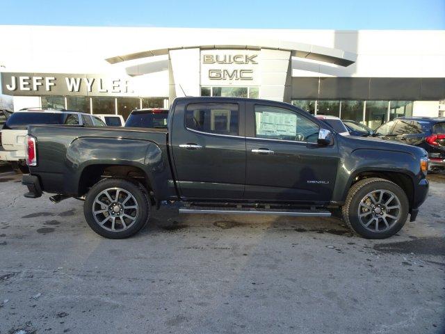 2018 Canyon Crew Cab 4x4, Pickup #X15835 - photo 3