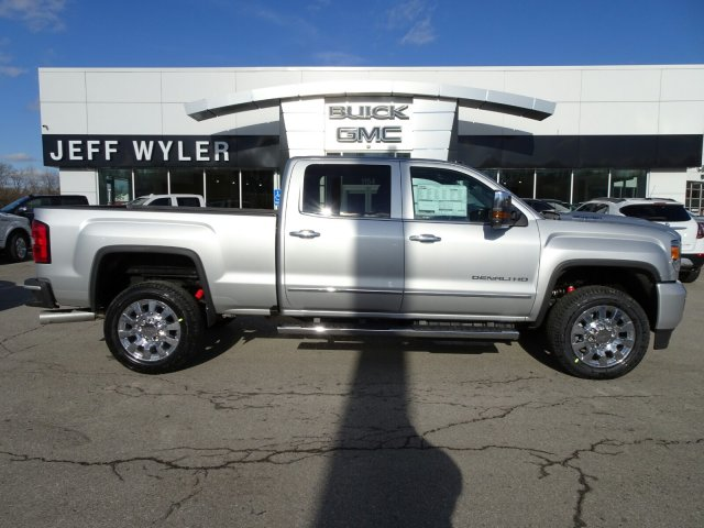 2018 Sierra 2500 Crew Cab 4x4, Pickup #X15971 - photo 3