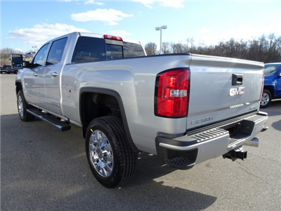 2018 Sierra 2500 Crew Cab 4x4, Pickup #X15971 - photo 11