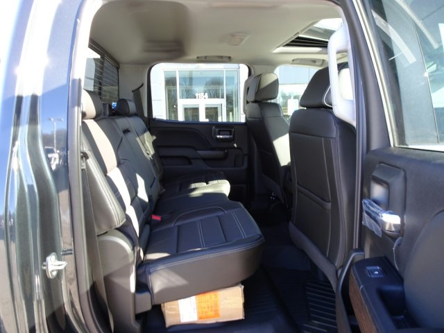 2018 Sierra 2500 Crew Cab 4x4, Pickup #X15997 - photo 15