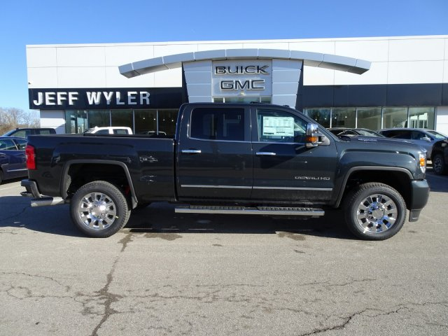 2018 Sierra 2500 Crew Cab 4x4, Pickup #X15997 - photo 3
