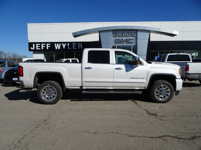 2018 Sierra 2500 Crew Cab 4x4, Pickup #X16034 - photo 3