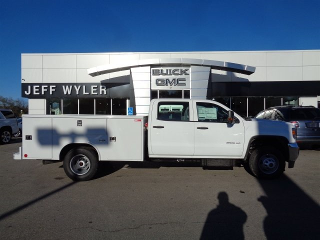 2016 Sierra 3500 Crew Cab, Reading Service Body #X20489 - photo 3