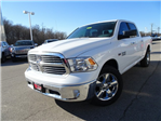 2017 Ram 1500 Crew Cab 4x4 Pickup #XP7535 - photo 4