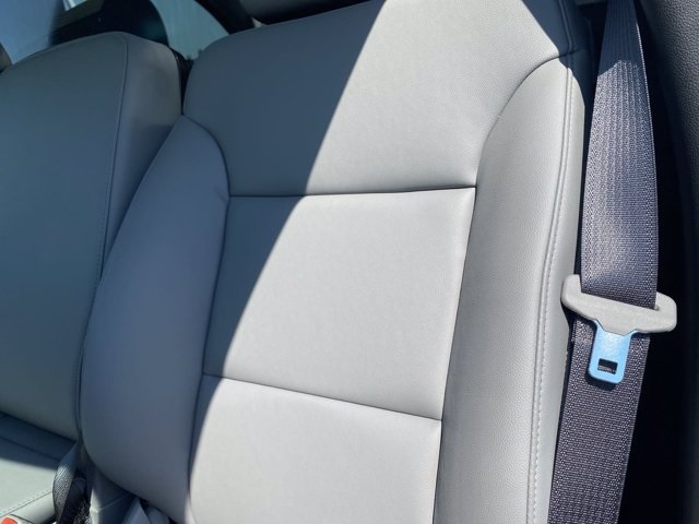 2020 Silverado 5500 Regular Cab DRW 4x2,  Knapheide Value-Master X Platform Body #5690087 - photo 6