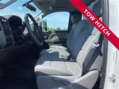 2020 Silverado 5500 Regular Cab DRW 4x2,  Knapheide Value-Master X Platform Body #5690087 - photo 4