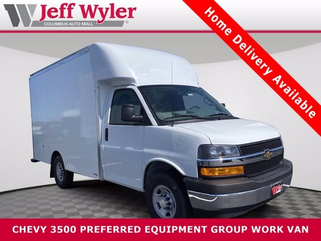 2020 Chevrolet Express 3500 4x2, Supreme Service Utility Van #5690157 - photo 1