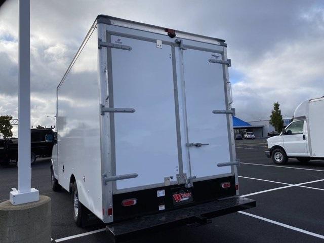 2020 Chevrolet Express 3500 4x2, Supreme Cutaway Van #5690159 - photo 1