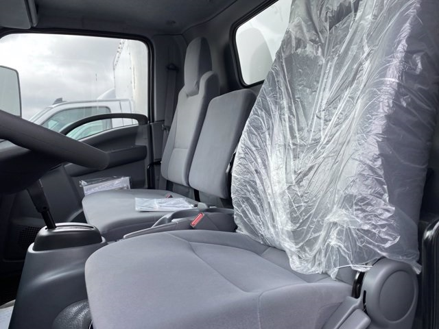 2020 Chevrolet LCF 4500 Regular Cab 4x2, Utilimaster Dry Freight #5690171 - photo 6