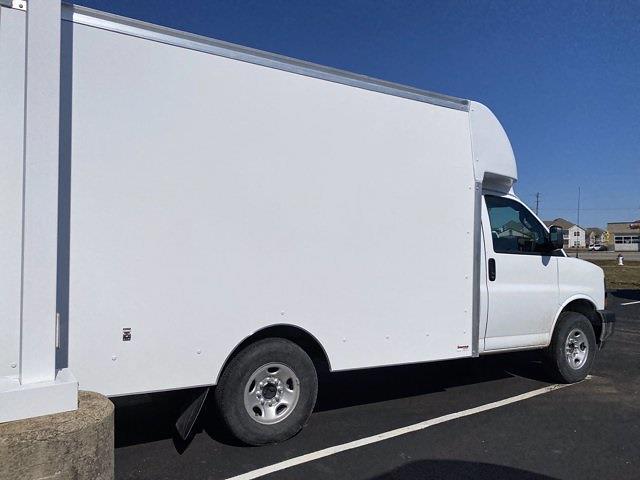 2021 Chevrolet Express 3500 4x2, Supreme Cutaway Van #5690275 - photo 1