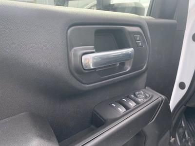 2021 Chevrolet Silverado 3500 Double Cab 4x4, Reading SL Service Body #5690301 - photo 7