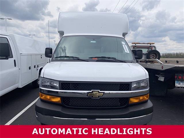 2021 Chevrolet Express 3500 4x2, Supreme Cutaway Van #5690381 - photo 1