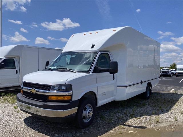 2021 Chevrolet Express 4500 DRW 4x2, Unicell Aerocell Cutaway Van #5690399 - photo 4