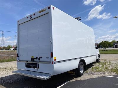 2021 Chevrolet Express 4500 DRW 4x2, Unicell Aerocell Cutaway Van #5690399 - photo 2