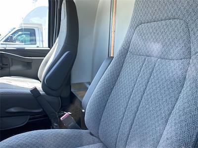 2021 Chevrolet Express 4500 DRW 4x2, Unicell Aerocell Cutaway Van #5690399 - photo 7