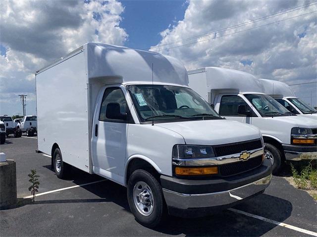 2021 Chevrolet Express 3500 4x2, Supreme Spartan Cargo Cutaway Van #5690489 - photo 4